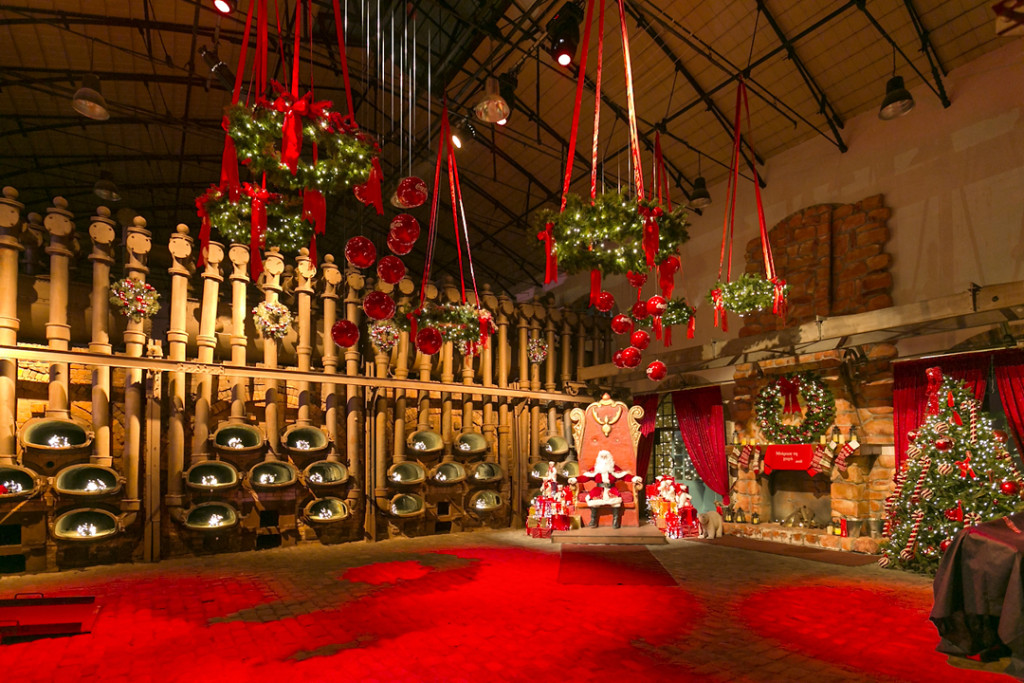 The Christmas Factory 7
